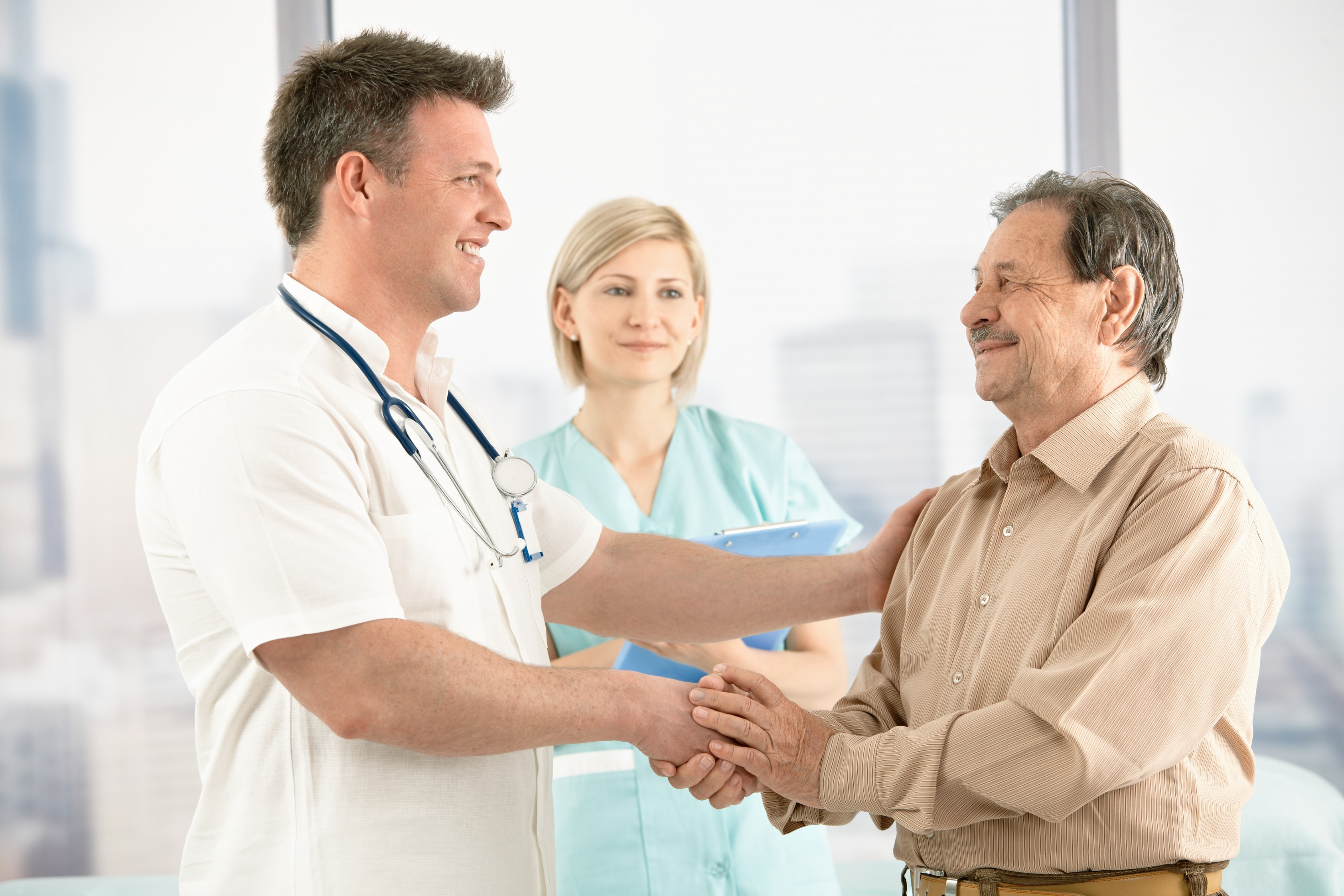 Картинки врача с пациентом