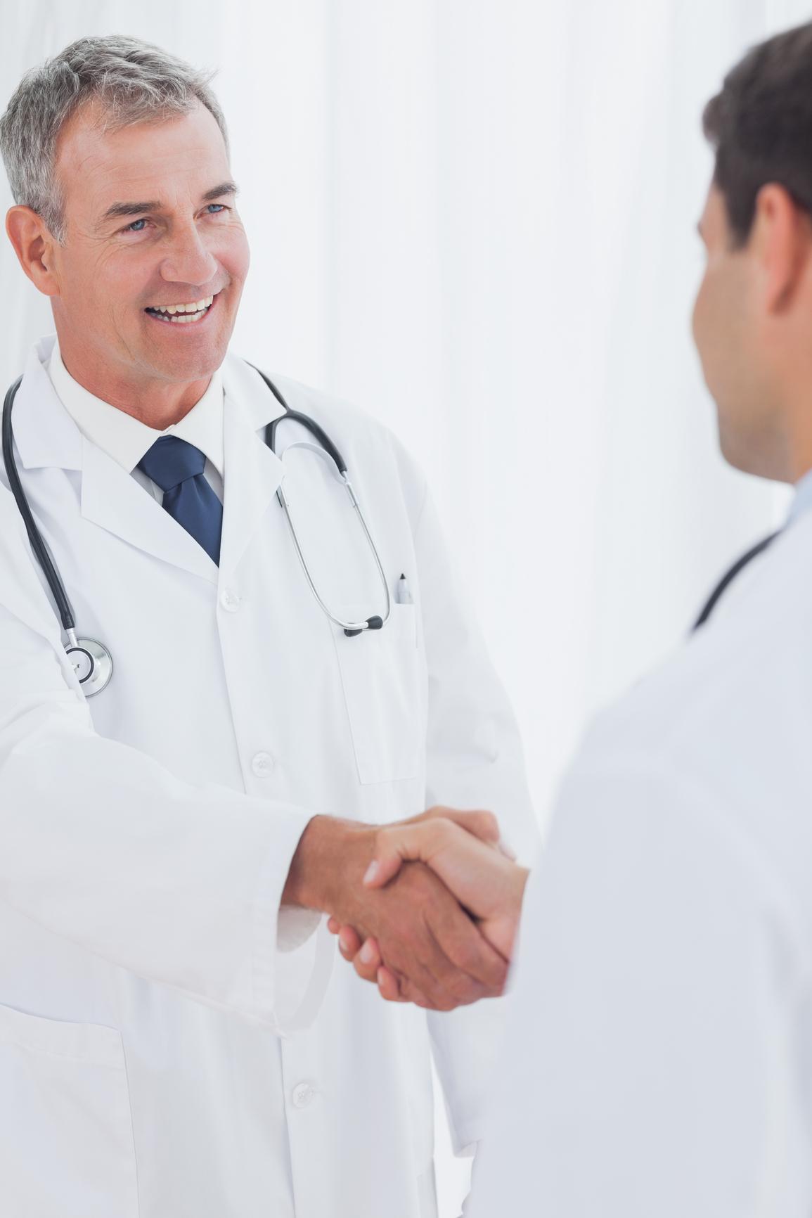 Мужчин член врач